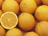 Sweet, Juicy Oranges (Citrus Sinensis) Valokuvavedos tekijänä Wally Eberhart
