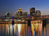 Skyline, Louisville, Kentucky at Dusk Premium fotografisk trykk av Adam Jones