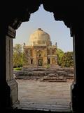 Mosque of Sheesh Gumbad, Lodhi Gardens, New Delhi, India Impressão fotográfica por Adam Jones