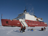 Scientists from the Uscg Icebreaker Healy, Wagb-20, Measuring Ice Thickness Reproduction photographique par Tom Walker