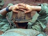 Peace Helmet Fotografisk tryk af  Associated Press