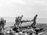 WWII Iwo Jima U.S. Invasion Fotografie-Druck von Joe Rosenthal