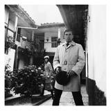 GQ - October 1967 Lámina fotográfica prémium por Leonard Nones