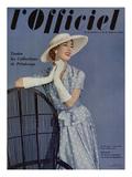 L'Officiel, April 1955 - Ensemble de Pierre Balmain en Twill de Ducharne Posters tekijänä Philippe Pottier