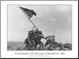 Flaggenhissen auf Iwo Jima, c.1945|Flag Raising on Iwo Jima, c.1945 Druck aufgezogen auf Holzplatte von Joe Rosenthal