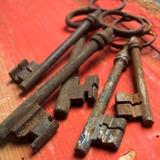 Rusty Keys Fotografisk trykk av Bernard Jaubert