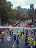 Runners Approaching the Finish Line in Central Park for The1981 NYC Marathon Lámina fotográfica