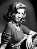 Lauren Bacall, 1945 Photo