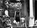 Jacqueline Kennedy and Her Son, 3 Year Old John F, Kennedy Jr Entering Georgetown Federal Era Home Fotografia