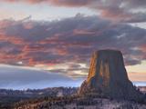 Devils Tower National Monument, Wyoming, USA Fotografie-Druck von Jamie & Judy Wild