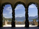 Loggia and Gardens of Villa del Balbianello on Punta di Lavedo, Lenno, Lake Como, Italy Reproduction photographique par Peter Barritt
