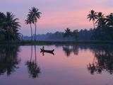 Dawn over the Backwaters, Near Alappuzha (Alleppey), Kerala, India, Asia Impressão fotográfica por Stuart Black