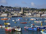 Summer Sunshine on Boats in the Old Harbour, St. Ives, Cornwall, England, United Kingdom, Europe Reproduction photographique par Peter Barritt