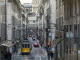 Tram in the Old Town, Lisbon, Portugal, Europe Impressão fotográfica por Angelo Cavalli