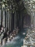 Fingal's Cave, Isle of Staffa, Inner Hebrides, Scotland, United Kingdom, Europe Fotografie-Druck von Mark Harding