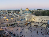Jewish Quarter of Western Wall Plaza, Old City, UNESCO World Heritage Site, Jerusalem, Israel Lámina fotográfica por Gavin Hellier