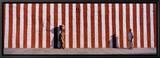 Two People Standing Outside a Temple, Tamil Nadu, India Innrammet lerretstrykk