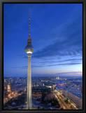 Germany, Berlin, Alexanderplatz, Tv Tower (Fernsehturm) Leinwandtransfer mit Rahmung von Michele Falzone