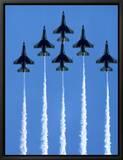 Fighter Jets in Formation Innrammet lerretstrykk av Tim Lynch