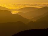 The Adirondack Mountains at Dawn from Atop Cascade Mountain Fotografisk trykk av Michael Melford