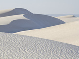 White Sand Dunes Stretch for Miles at Aomak Beach Fotografisk trykk av Michael Melford