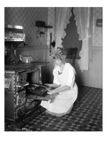 Baking Bread at Home for School Project, ca. 1914 Giclée-vedos
