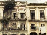 Cuba, Havana, Havana Vieja, Building Detail, Plaza Del Cristo Reproduction photographique par Walter Bibikow