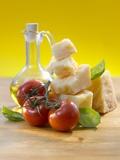Tomatoes, Basil, Parmesan and Olive Oil Fotografie-Druck von Kai Schwabe