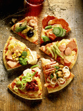 Pieces of Pizza with Different Toppings, on Wooden Background Fotografie-Druck