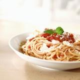 Spaghetti with Tomato Sauce and Parmigiano Fotografie-Druck