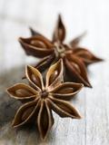 Two Star Anise Fotografie-Druck von Victoria Firmston