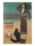 Fashionable Woman with Cat on Beach 高品質プリント