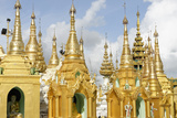The Shwedagon Pagoda, Yangon (Rangoon), Yangon Region, Republic of the Union of Myanmar (Burma) Reproduction photographique par J P De Manne