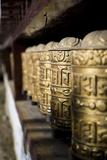 Buddhist Prayer Wheels, Namche Gompa (Monastery), Namche Bazaar, Solu Khumbu Region, Nepal Fotografisk tryk af Ben Pipe