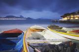 Fishing Boats on Copacabana Beach at Dusk, Rio de Janeiro, Brazil, South America Lámina fotográfica por Ian Trower