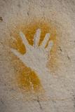 Aboriginal Hand Painting, Carnarvon Gorge, Queensland, Australia, Pacific Fotografie-Druck von Michael Runkel