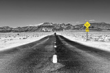Road view - Death Valley National Park - California - USA - North America Fotografisk trykk av Philippe Hugonnard