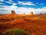 Blick auf das Monument Valley, Grenze zwischen Utah und Arizona Fotografie-Druck von Philippe Hugonnard