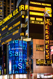 "Cartelloni pubblicitari di ""Annie the Musical"" a Times Square Stampa fotografica di Philippe Hugonnard"