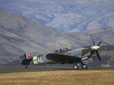 Supermarine Spitfire, British and Allied WWII War Plane, South Island, New Zealand Reproduction photographique par David Wall