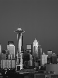 Space Needle at Dusk, Seattle, Washington, USA Fotografisk trykk av Adam Jones