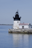 Detroit River Lighthouse, Wyandotte, Detroit River, Lake Erie, Michigan, USA Fotografisk tryk af Cindy Miller Hopkins