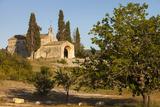 Early Evening Sun, Church, Chapelle Saint-Sixte, Eygalieres Provence, France Fotografisk trykk av Brian Jannsen