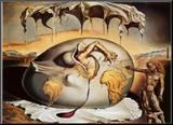 Enfant géopolitique observant la naissance de l'homme nouveau Affiche montée sur bois par Salvador Dalí