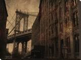 Manhattan Bridge Brownstone Bedruckte aufgespannte Leinwand von Dale MacMillan