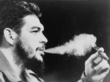 Ernesto 'Che' Guevara Exhaling Plume of Cigar, NYC, 1964 Foto