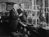 Nobel Prize Winners Irving Langmuir (Left) with Guglielmo Marconi, Ca. 1920 Foto