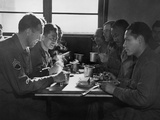 Interracial Group of U.S. Soldiers Eating Together in a Mess Hall, England, 1944 Foto