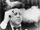 President John Kennedy, Smoking a Cigar at a Democratic Fundraiser, Oct. 19, 1963 Photographie