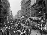 Mulberry Street in New York City's Little Italy Ca, 1900 Fotografía